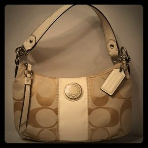 ☆COACH☆ White Signature Stripe Demi Shoulder Bag